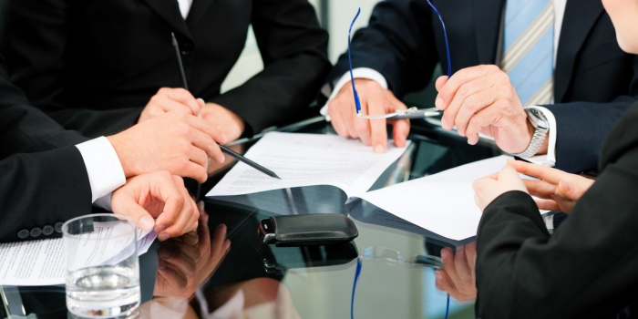 How Can Commercial Litigation Attorney Assist Your Firm