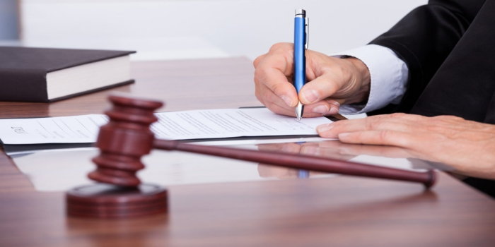 How business lawyers legally help a startup